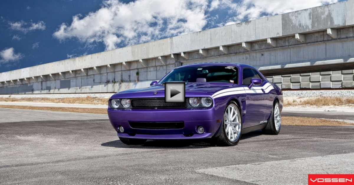 dodge challenger rt custom on vossen wheels hot cars. Black Bedroom Furniture Sets. Home Design Ideas