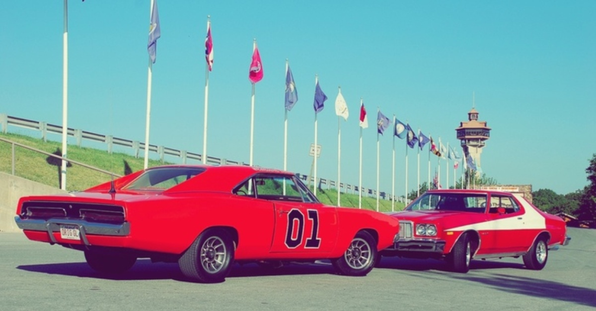 dukes of hazzard vs starsky & hutch american muscle car shoot out