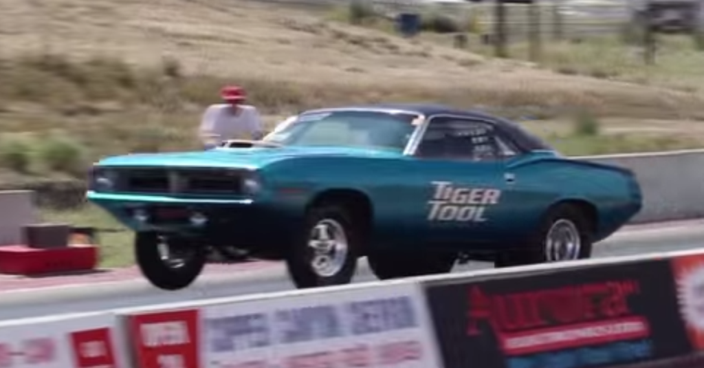 800hp+ 1970 PLYMOUTH HEMI CUDA DRAG RACING - MOPAR MUSCLE CAR | HOT CARS