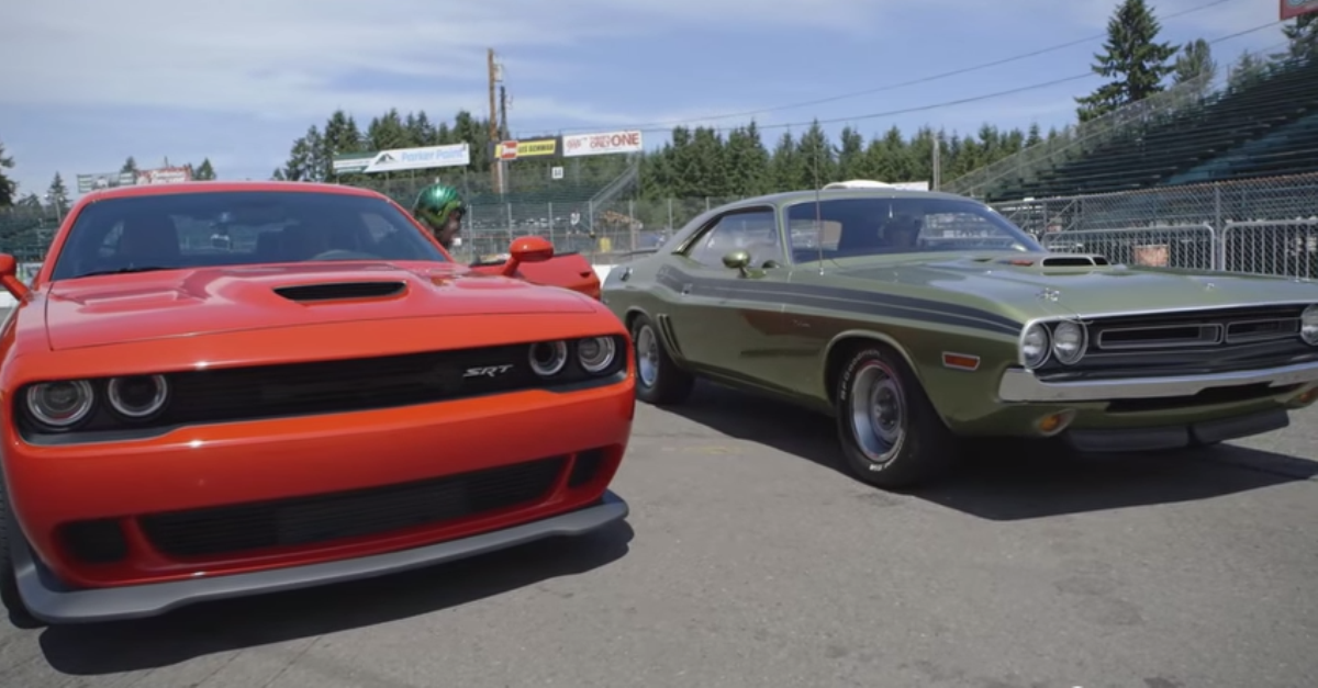 2015 SRT Hellcat Dodge Challenger vs 1970 Dodge Challenger RT HEMI Mopar muscle cars