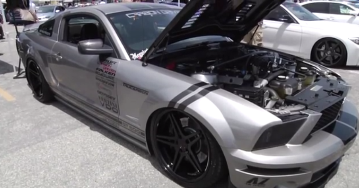Modified mustang shelby gt500 Reverse Paint carbon fiber fender ...