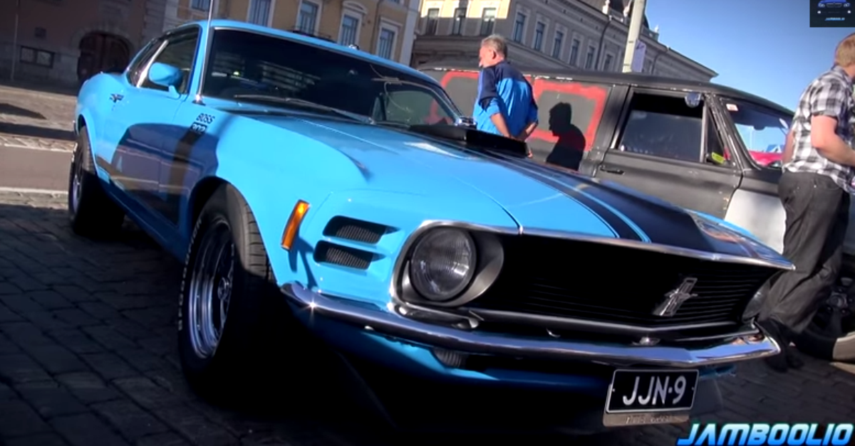 1970 Ford Mustang Boss 302 V8 muscle car