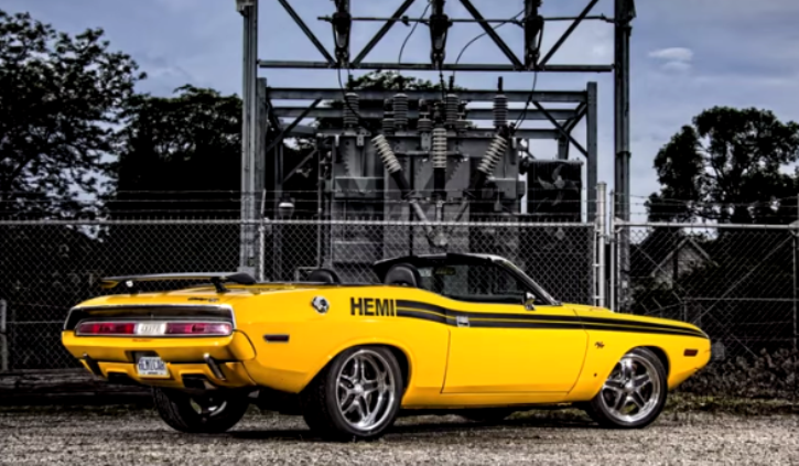 1970 DODGE CHALLENGER 6.1L HEMI AT POWER TOUR