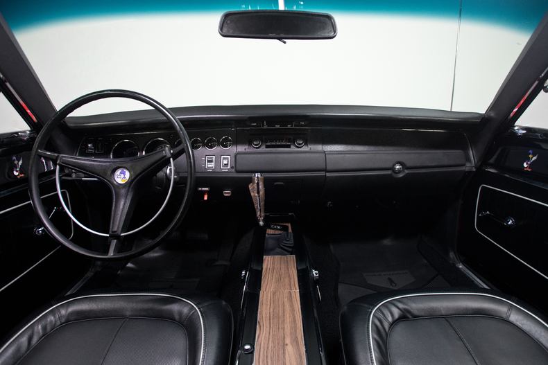 1970 plymouth road runner hard top