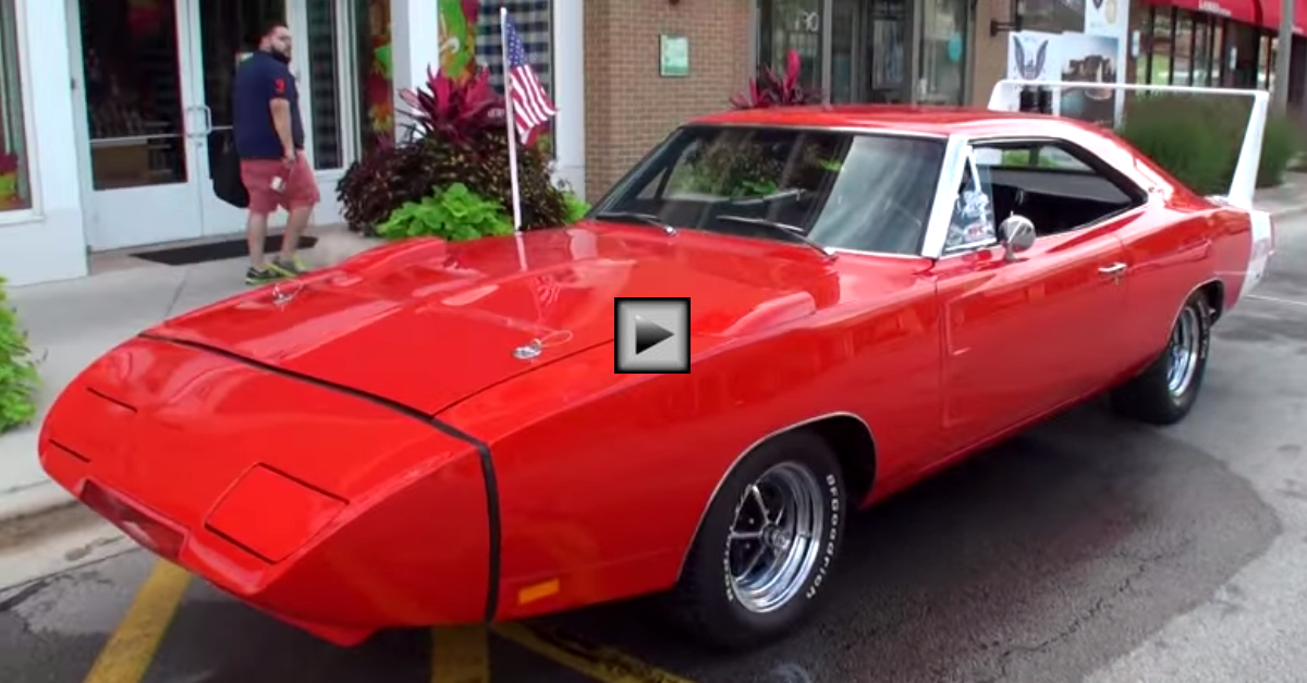1969 dodge charger daytona 440 magnum muscle car