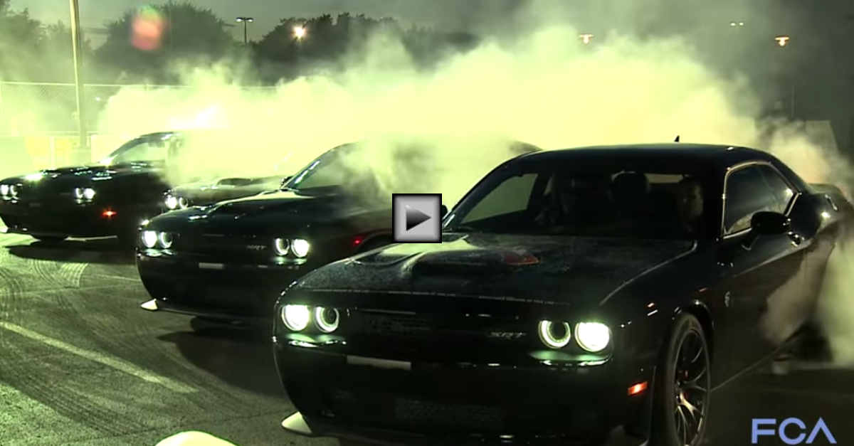 Mötley Crüe Arrives in dodge challenger hellcats