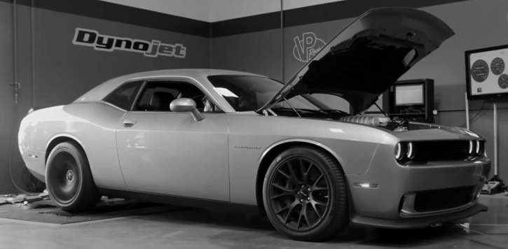 2015 dodge challenger hellcat daily driver