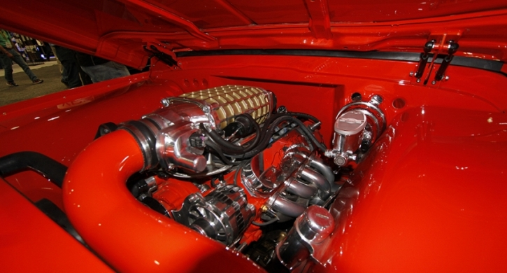 1967 chevy c10 custom pick up truck engine