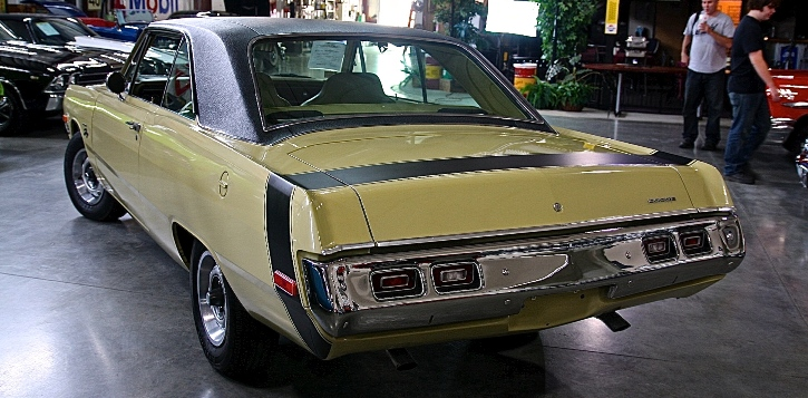 1970 dodge dart swinger muscle car