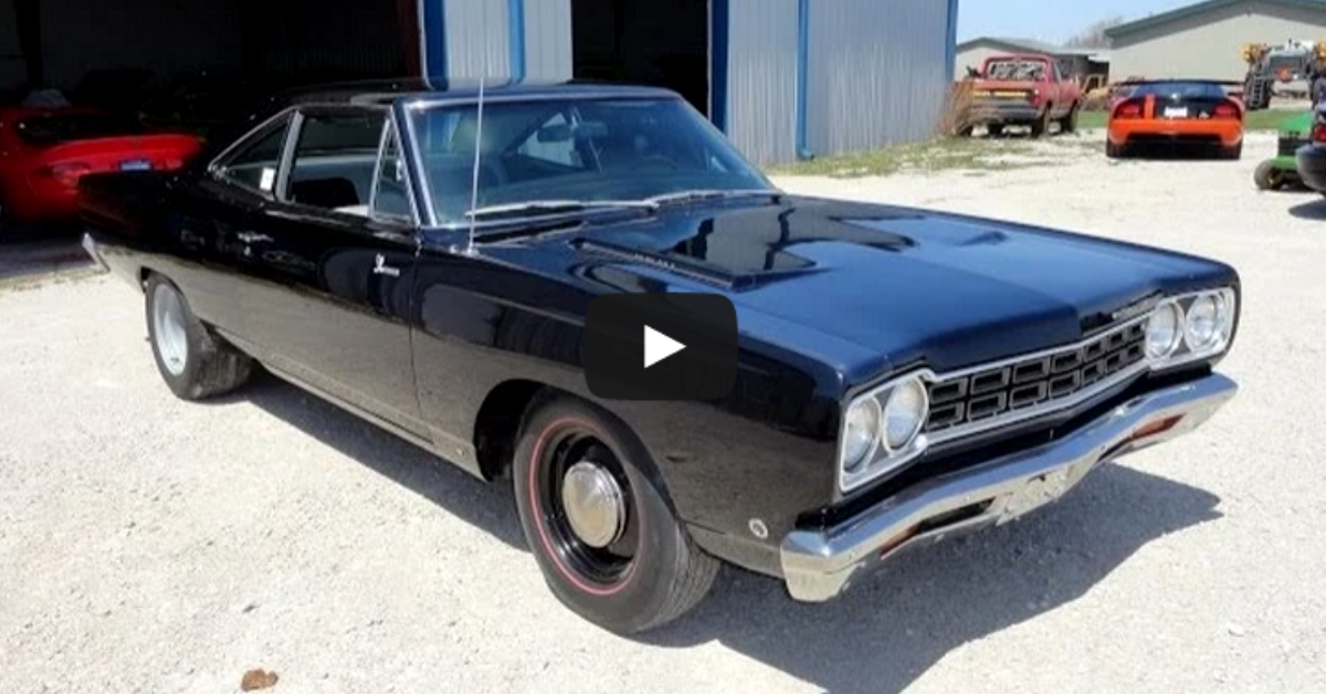 1968 PLYMOUTH ROAD RUNNER 426 HEMI | EX RACE CAR | HOT CARS