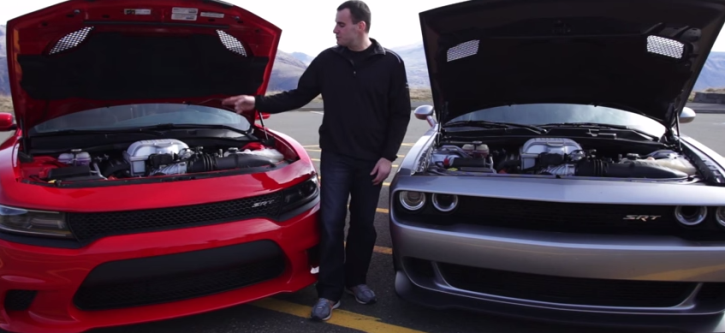 2015 dodge challenger hellcat vs dodge charger