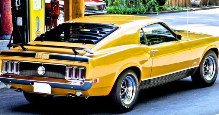 ford mustang mach 1 muscle car