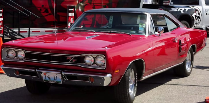 dodge coronet r/t muscle car