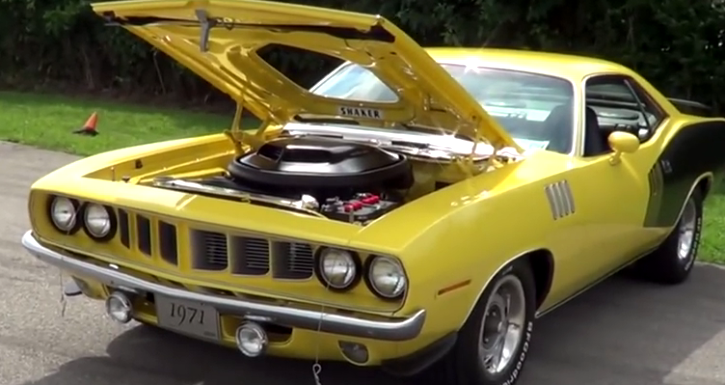 restored plymouth hemi cuda muscle car