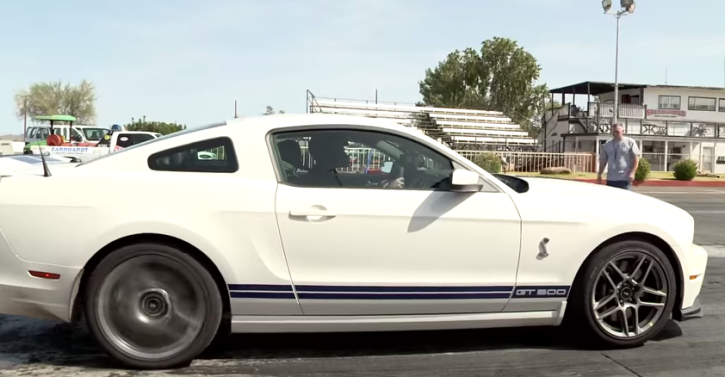 ford mustang shelby gt500 muscle car