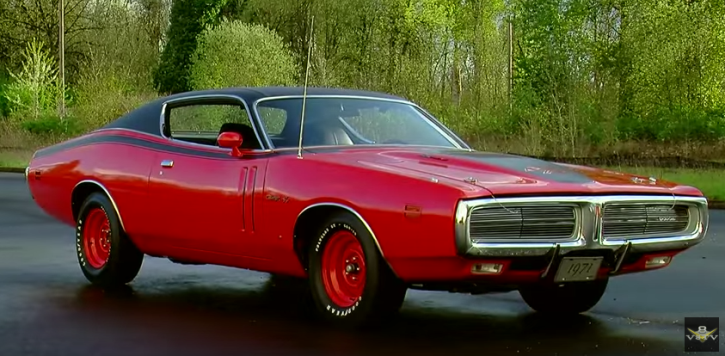 1971 dodge hemi charger r/t pilot car