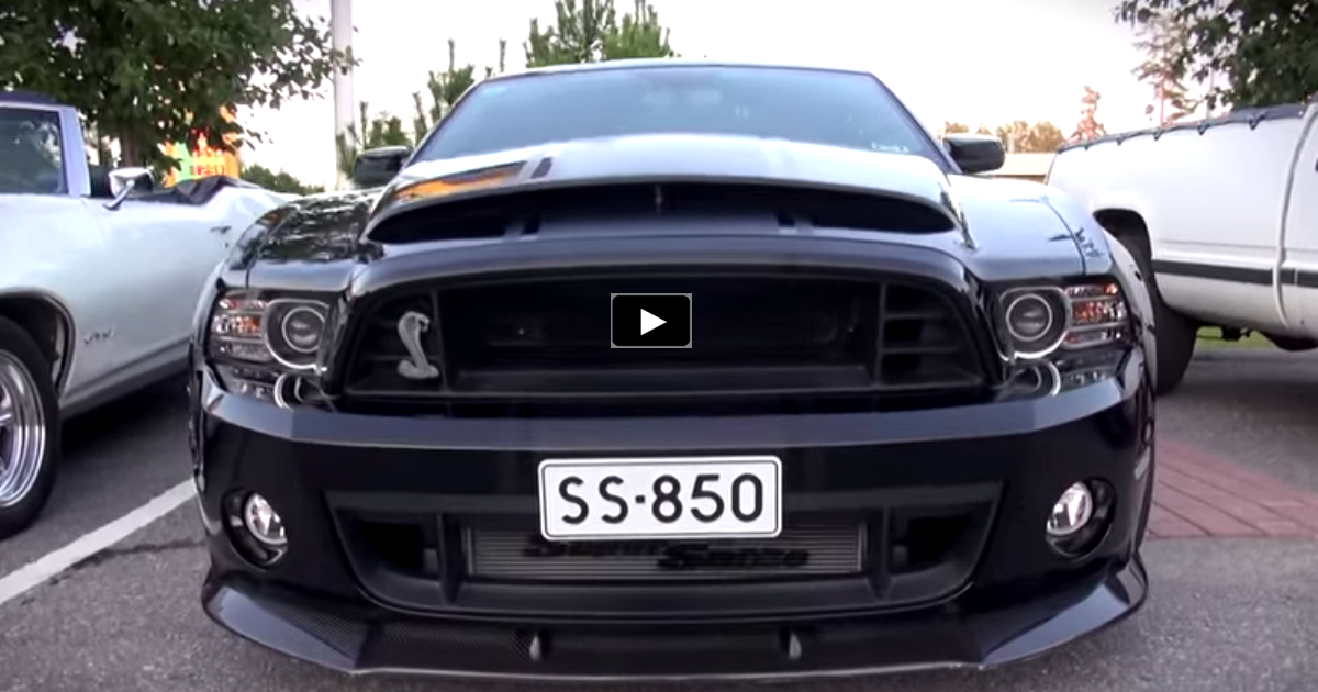 blacked out mustang shelby gt500 super snake