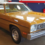 gold_1974_duster