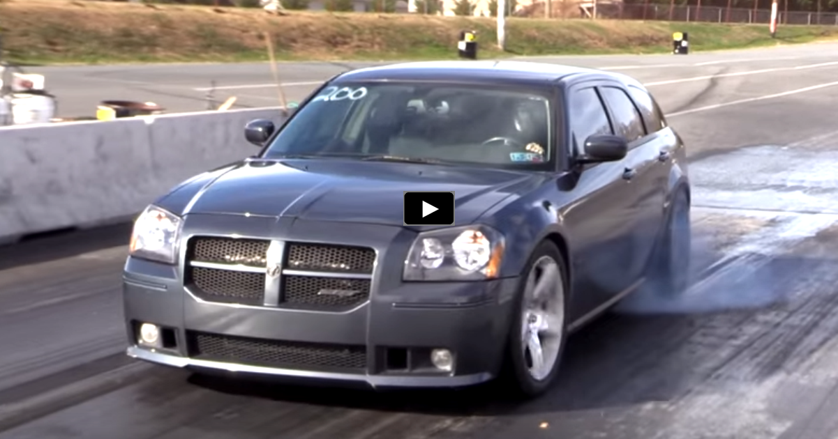 supercharged dodge magnum drag racing