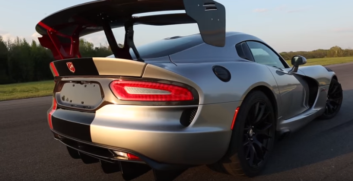 2016 dodge viper extreme aero package review