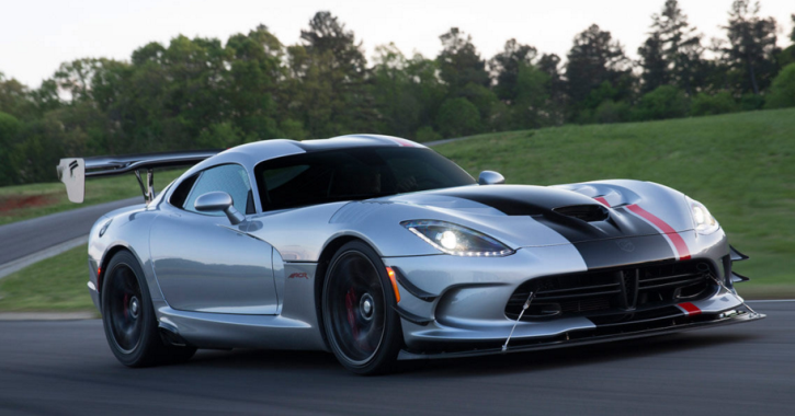 2016 dodge viper sports car review
