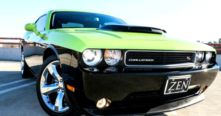 2012 dodge hemi challenger r/t plus review