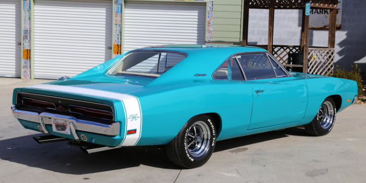 turquoise bright 1969 dodge charger rt