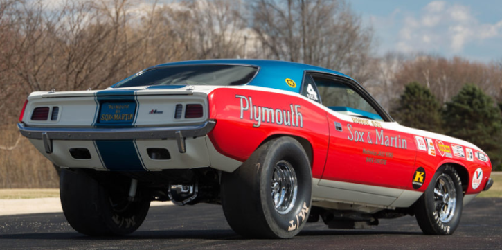 restored 1971 plymouth hemi cuda sox & martin team car