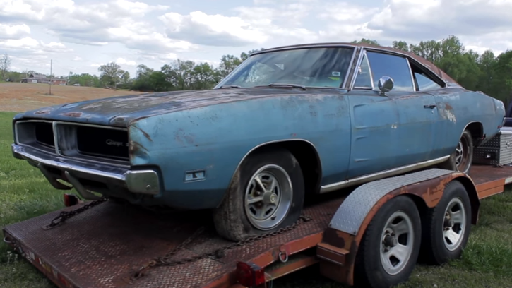 blue 1969 dodge charger se rescue video