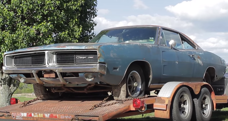 abandoned 1969 dodge charger 383 special edition