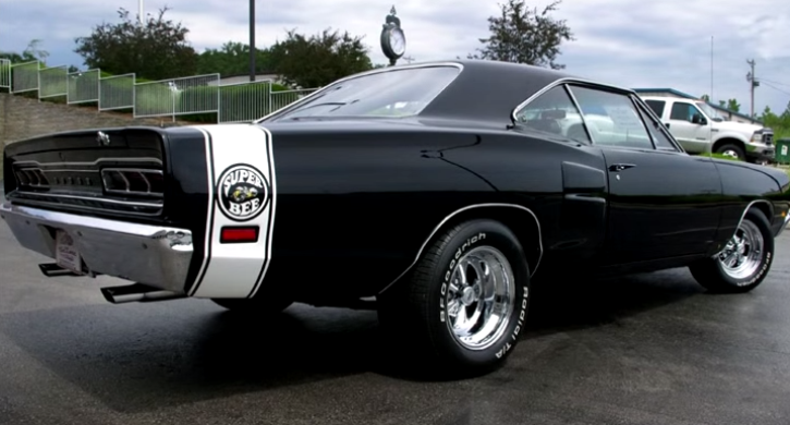 1969 dodge hemi super bee video
