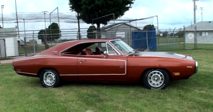 1970 dodge hemi charger super track pack video