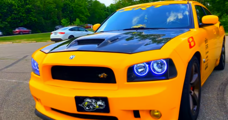 customized 2007 dodge charger super bee 6.1 liter hemi
