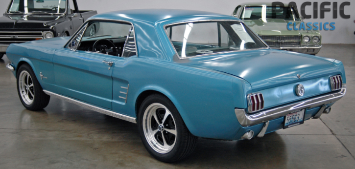 1966 ford mustang coupe 302 5-speed