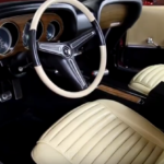 1970_ford_mustang_luxury_interior