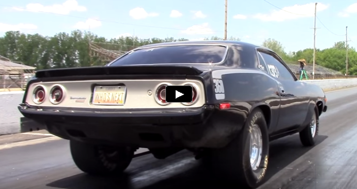 hemi powered plymouth cuda drag racing