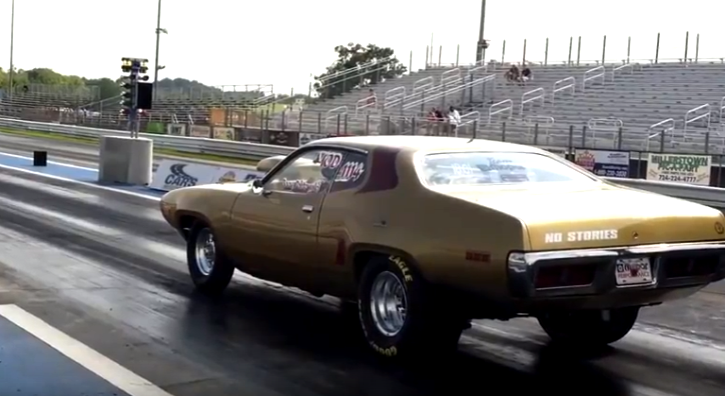1971 plymouth road runner 440 drag racing