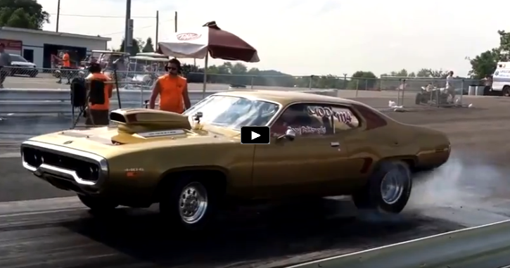 1971 plymouth road runner drag racing