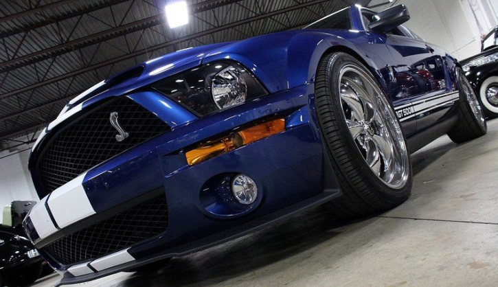 customized 2007 mustang shelby gt500