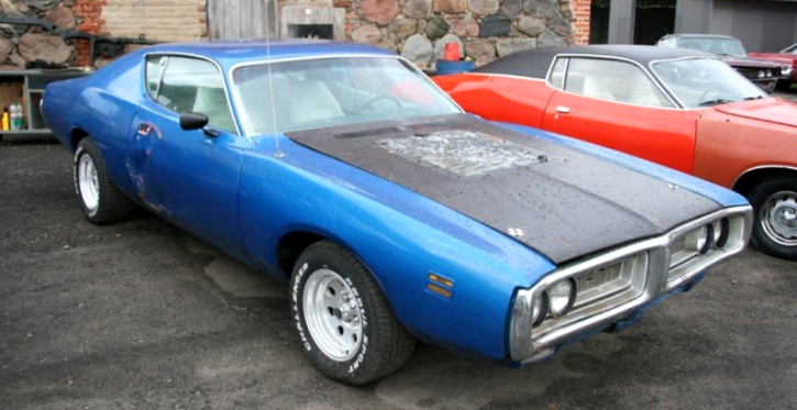 1972 dodge charger super bee clone