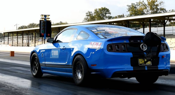 2000hp devil's reject ford mustang drag racing