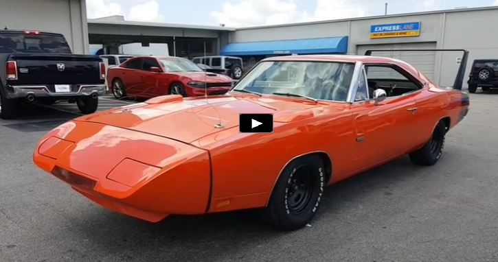 1969 dodge charger daytona 426 hemi burnout