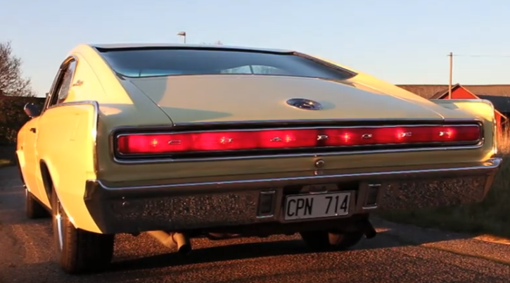 1st generation dodge charger 426 hemi