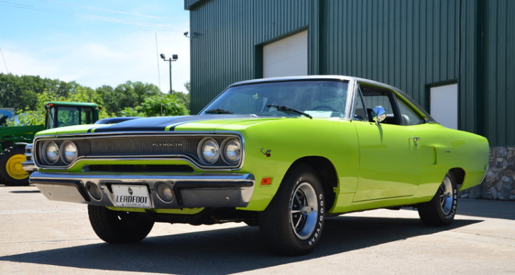 1970 plymouth hemi road runner build