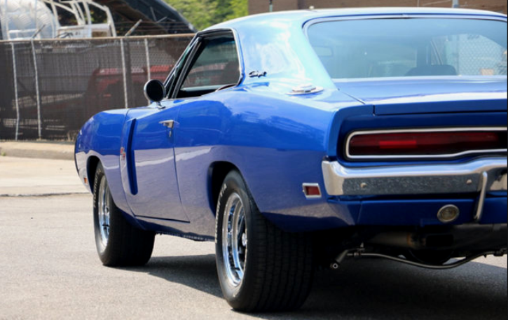 1970 dodge charger 440 5-speed