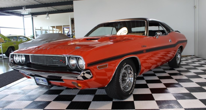 hemi orange 1970 dodge challenger 440 six pack