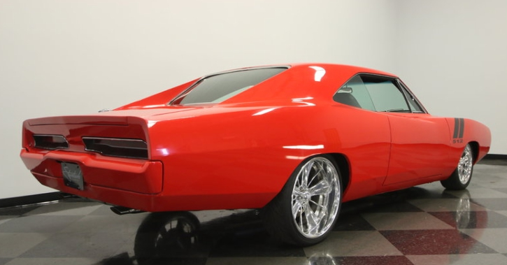 custom built 1970 dodge charger 500