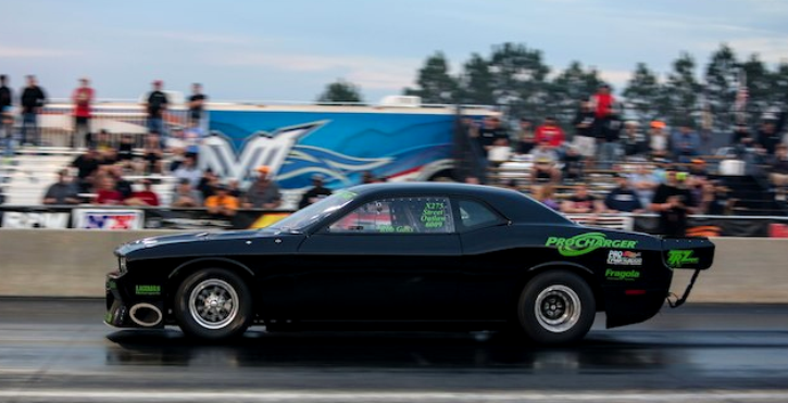 rob goss dodge challenger drag racing