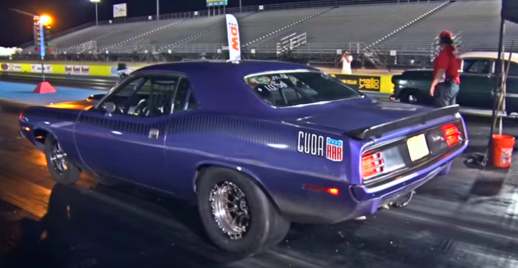 plum crazy hemi cuda drag racing
