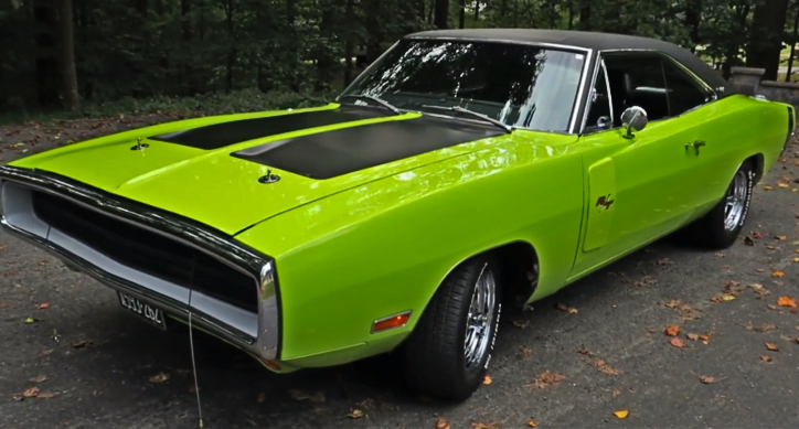 award winning 1970 dodge charger r/t